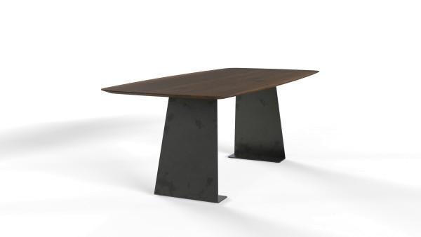 Esstisch Kerala mit exklusiver Freiform Tischplatte aus nachhaltigen Massivholz