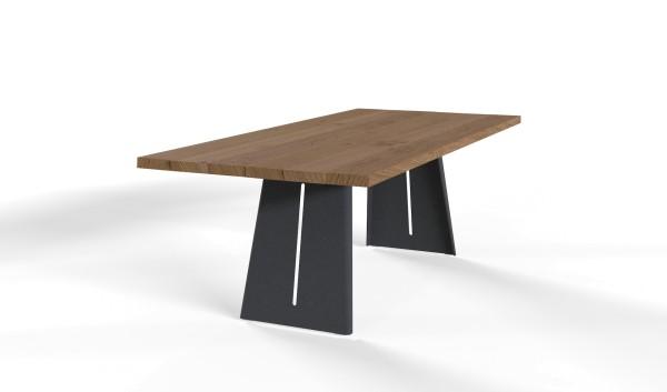 Esstisch Wakema mit Tischplatte aus massiven & nachhaltigen Holzbohlen